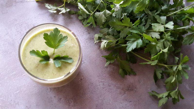 Green Drin z natką i winogronami – zielona energia