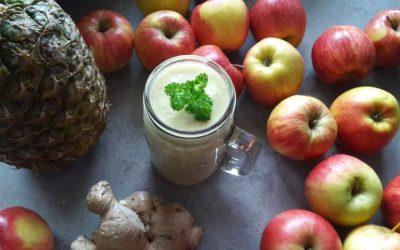 Rozgrzewające, jabłkowo – ananasowe smoothie z imbirem